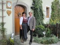 Bäuerin Elfriede und Bauer Franz