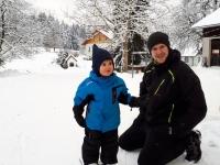 Elias beim Skifahren